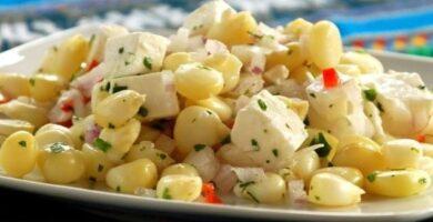 Ensalada de choclo y queso