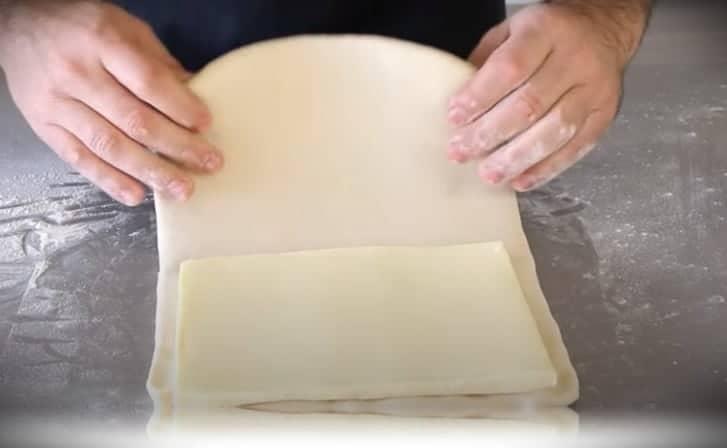 amasando con la mantequilla