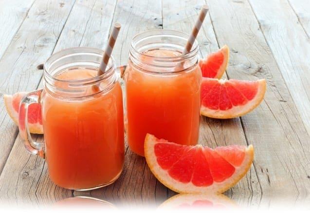jugo de toronja con arandanos