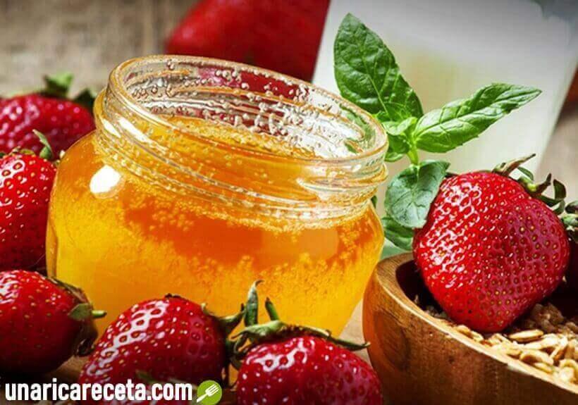 mascarilla-hidratante-de-fresas-y-miel